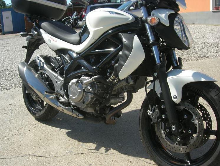 SUZUKI SFV 650 GLADIUS ABS!, 9. kép